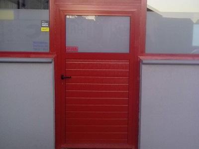 Enokrilna vrata - rdeča